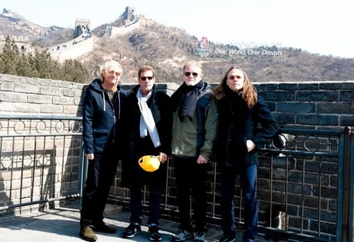 Eagles_Great_Wall-11